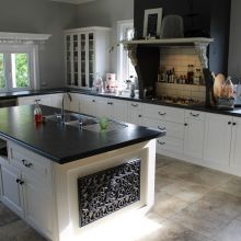 villa-joinery-kitchens-ashhurst-palmerston-north-cabinet-material-choices.jpg